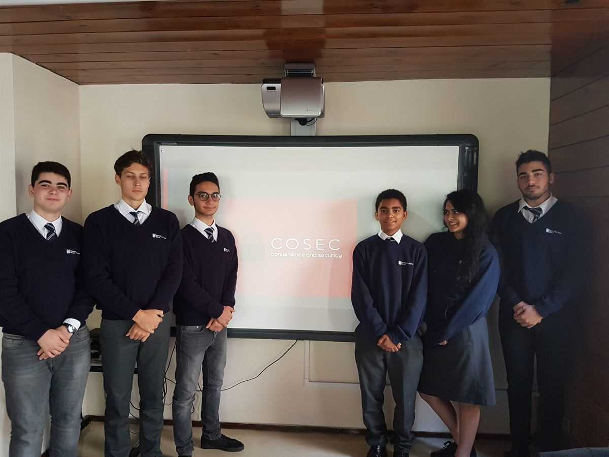 Enterprising Ashwicke students win Dragon's grant